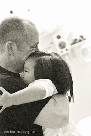BLOG b&w lily hugging michael