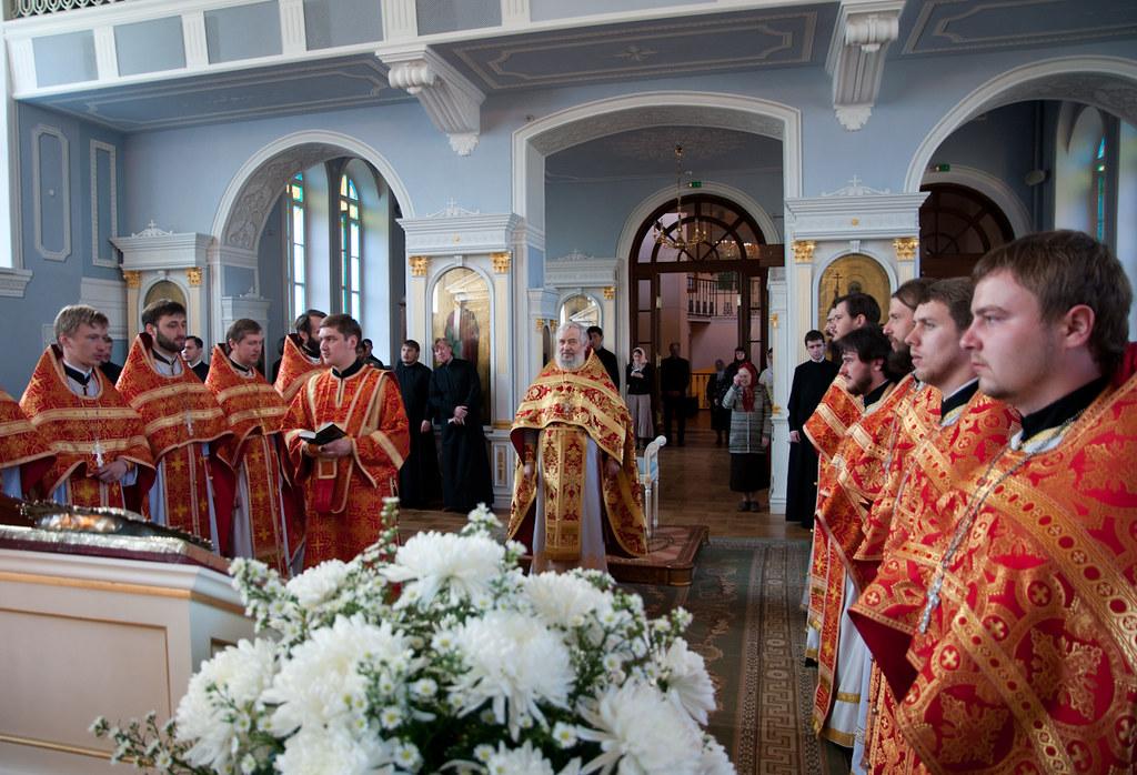 22 мая 2012, Литургия в день перенесения мощей свт. Николая из Мир Ликийских в Бари