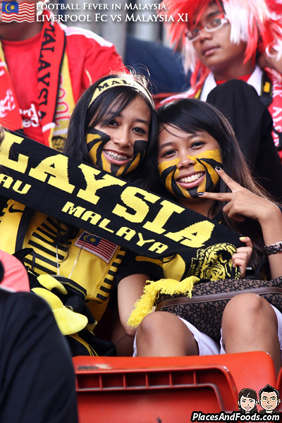 Liverpool-Malaysia-2011-Girls-1