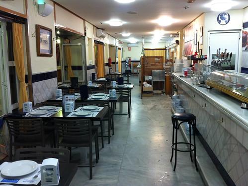 Interior de la zona de pescaíto frito