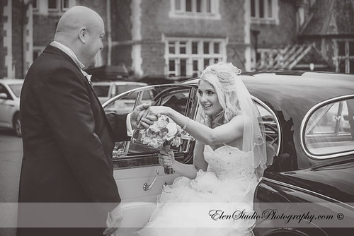 Aldermaston-Manor-Wedding-photos-L&A-Elen-Studio-Photograhy-blog-017