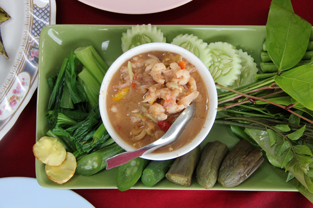 Nam Prik Goong Sot (Shrimp Sauce) น้ำพริกกุ้งสด