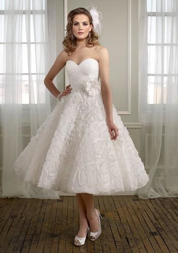 eskuvoiruhaszalon.oldalad.hu - Esküvői ruha 6b946d0819