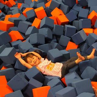 Foam Pit at SkyZone #IndyMama #TodaysMama