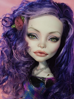 If Angelina Jolie Was a Monster High Doll!