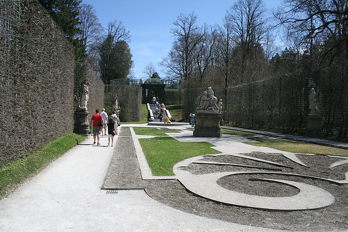Rechter Seitengarten - Schloß Linderhof