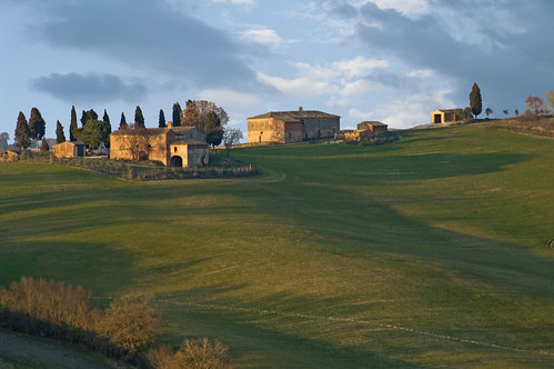 Ombre lunghe della sera - Long shadows of evening (Tuscany, Italy)