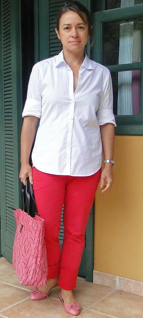 Branco e vermelho