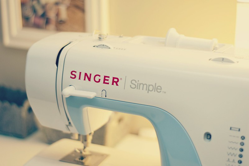 Singer_CloseUp