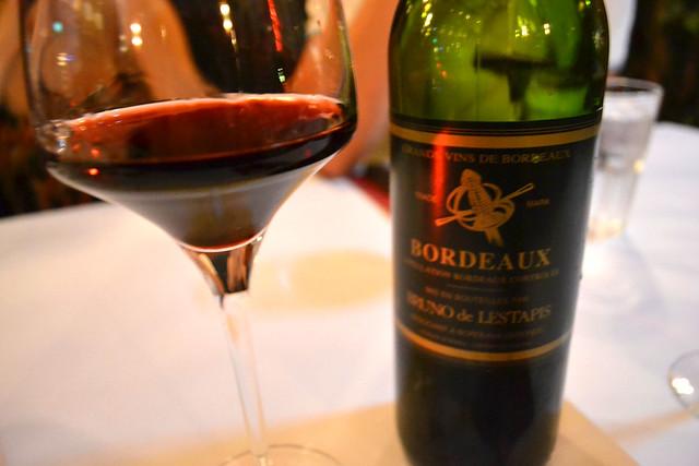 Glass of Bordeaux, Les Bouchon