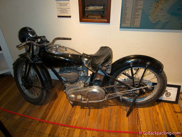 Replica of the 1936 Norton motorcycle Che used during one of his trips through South America