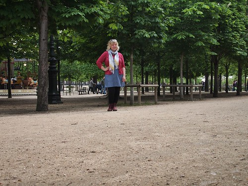 self snap at Le Jardin des Tuileries