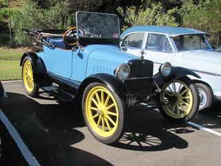 1915 Saxon