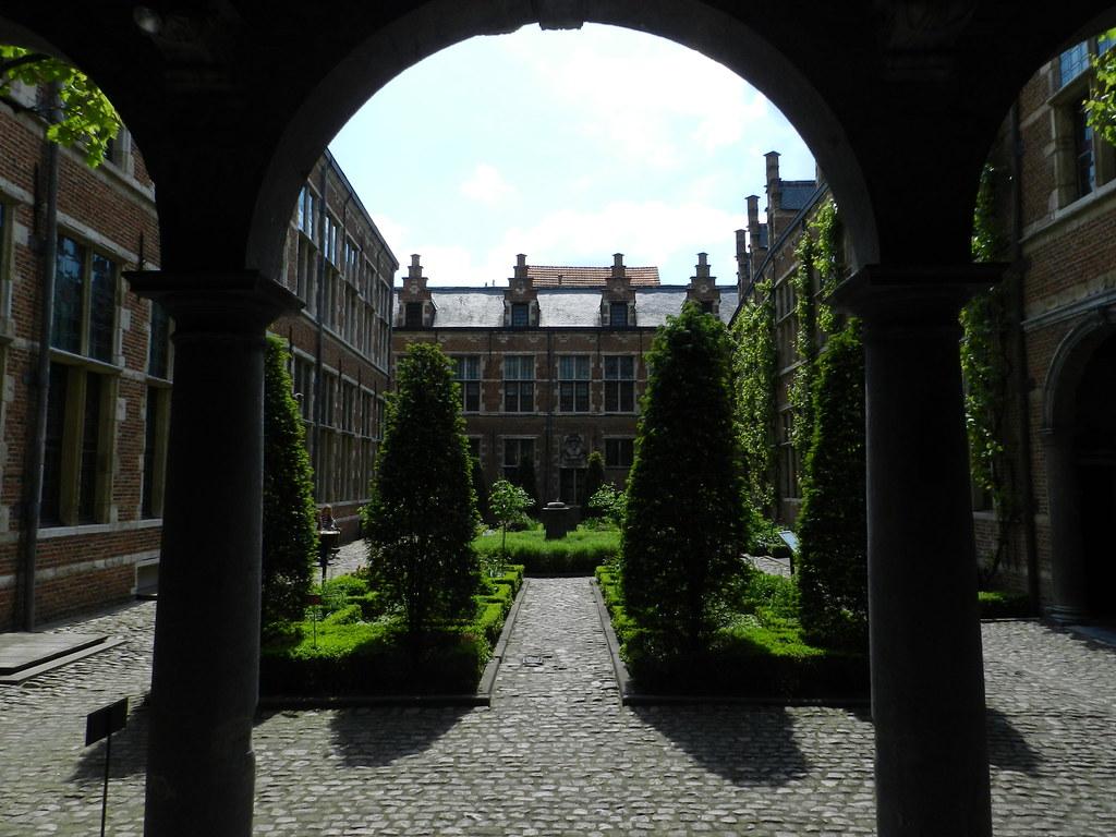 Museo Plantin-Moretus Qué no perderse en Amberes - 7255863338 f9c87d2f11 b - Qué no perderse en Amberes