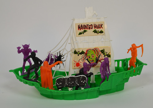 MPC Haunted Hulk Monster Ship 2