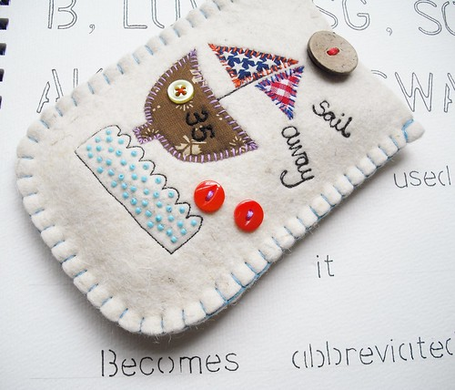 Sail Away Felt Gadget Case