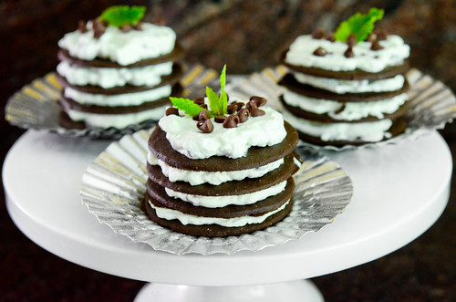 mint chocolate chip icebox cupcakes