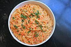vegetable(0.0), bucatini(0.0), spaghetti(0.0), produce(0.0), carbonara(0.0), pasta(1.0), spaghetti aglio e olio(1.0), naporitan(1.0), food(1.0), dish(1.0), chinese noodles(1.0), capellini(1.0), vermicelli(1.0), cuisine(1.0),