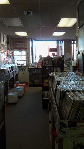April 5, 2012 at Your Local Record Dealer (27)