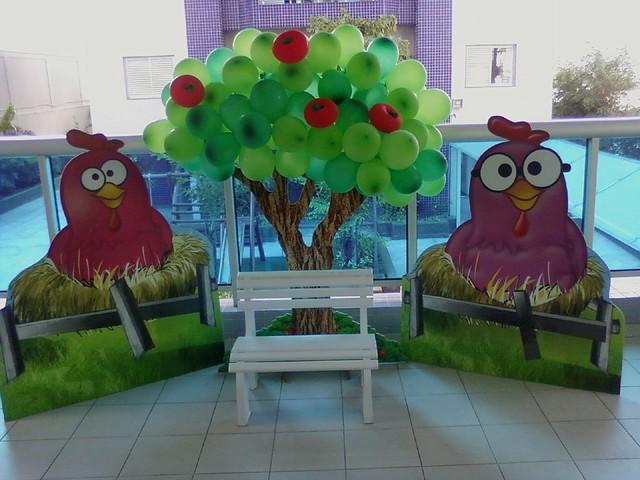 decoracao festa infantil yellow submarine:Decoração Clean Festa Infantil Galinha Pintadinha
