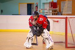 ice hockey(0.0), ice hockey position(0.0), box lacrosse(0.0), stick and ball games(1.0), championship(1.0), sports(1.0), roller in-line hockey(1.0), team sport(1.0), hockey(1.0), player(1.0), goaltender(1.0), ball game(1.0), athlete(1.0), tournament(1.0),