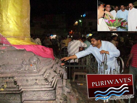 Sri Dharmendra Pradhan have a Darshan of Lord Sri Jagannath