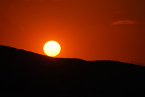 travel mountains nikon desert petra middleeast jordan wadimusa hashemitekingdomofjordan الأردن kingdomofjordan بترا nikond3000 mygearandme blinkagain