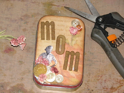 Mom Altoid Tin 006