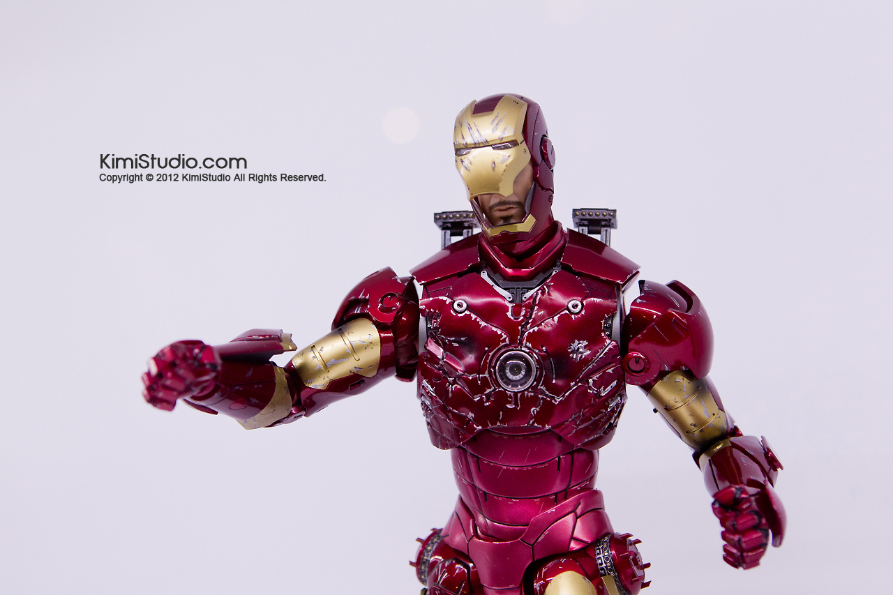 2011.11.12 HOT TOYS-057