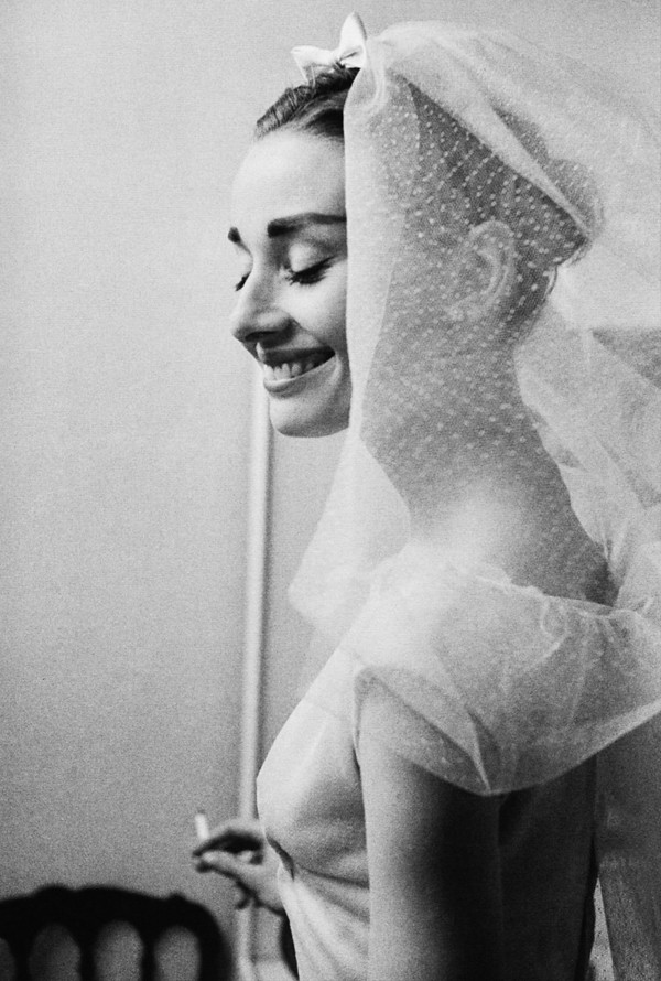 audry_hepburn_wedding_dress_funny_face