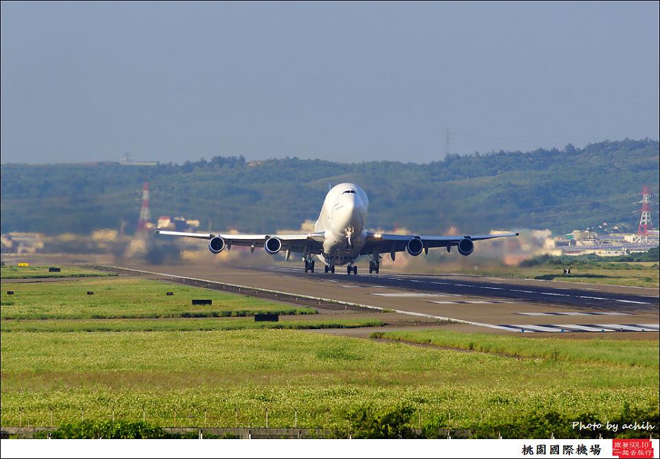 Boeing 747-409(LCF) Dreamlifter N747BC 005