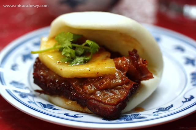 Special Braised Pork Ribs with Flat Buns @ $12, $24
