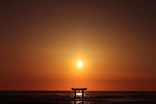 sea sun nature sunrise shrine 神社 torii 太陽 海 鳥居 ibaraki 日の出 朝陽 茨城