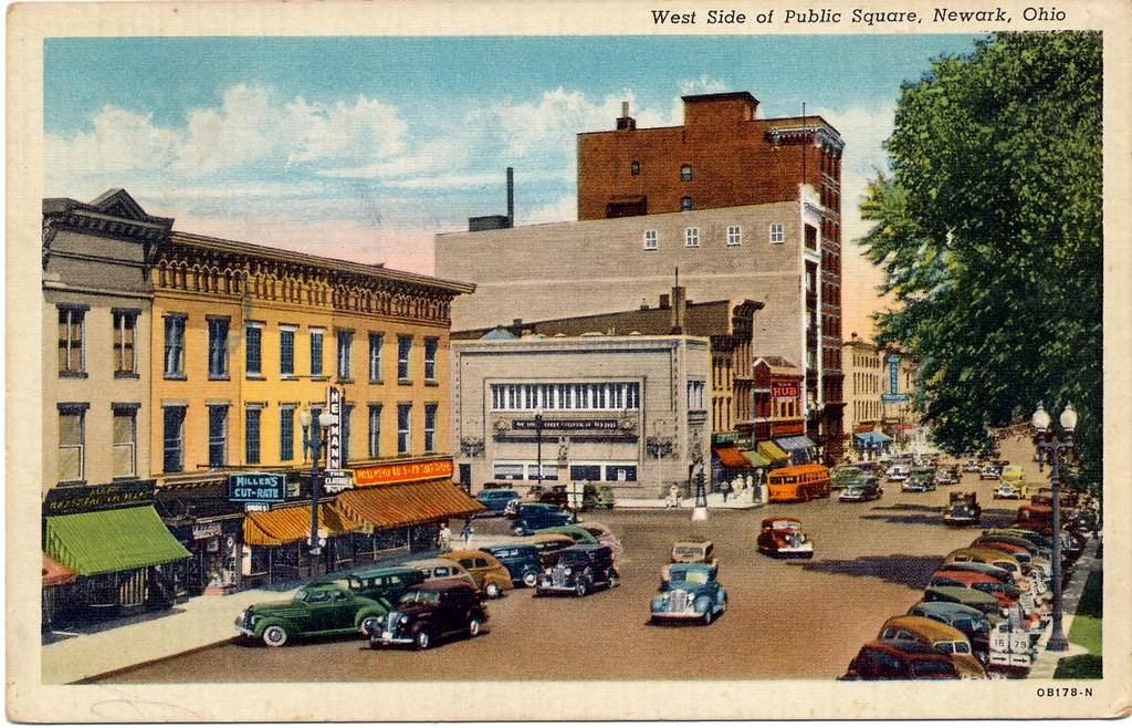 Postcard: West Side of Public Square, Newark, Ohio
