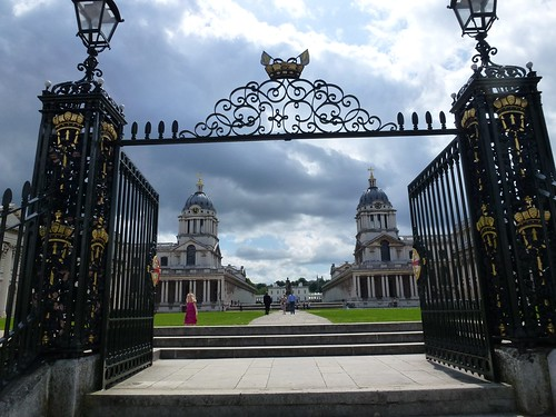 Thames path 01 - Old Royal Navel College, Greenwich