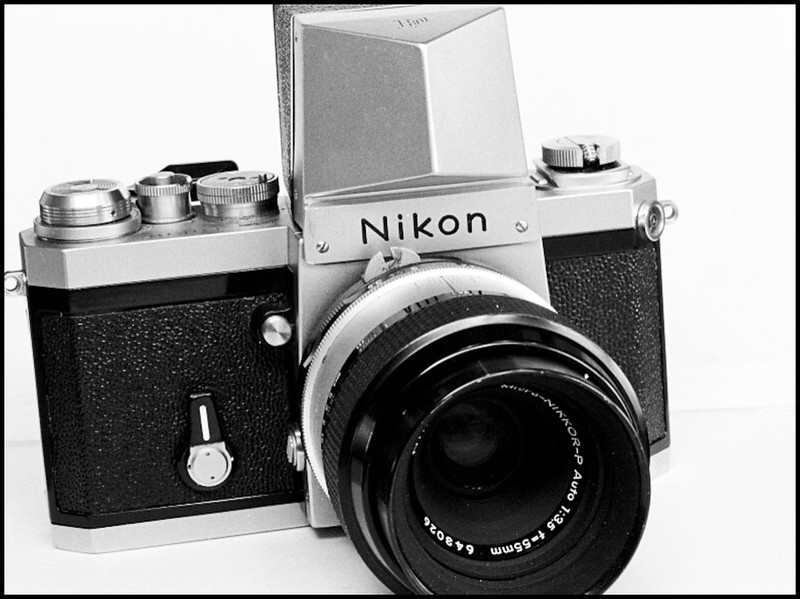Nikon F --- All it's cracked up to be? [Archive