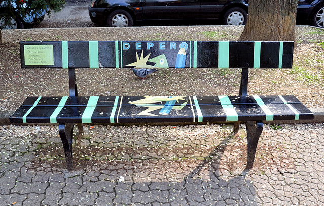 Panchine artistiche - a gallery on Flickr