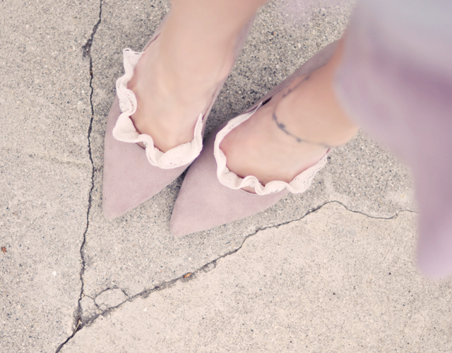 diy lace socklets mauve pumps
