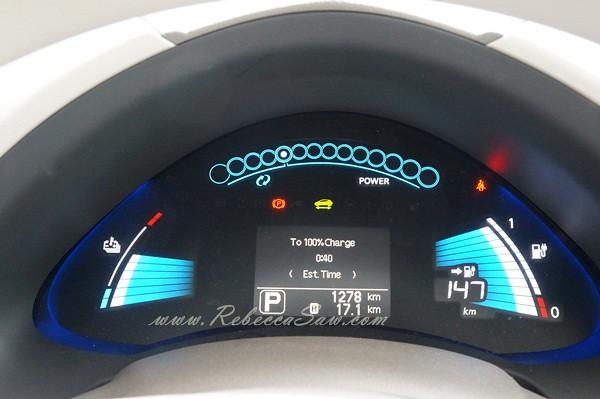 nissan leaf - all electric car-027