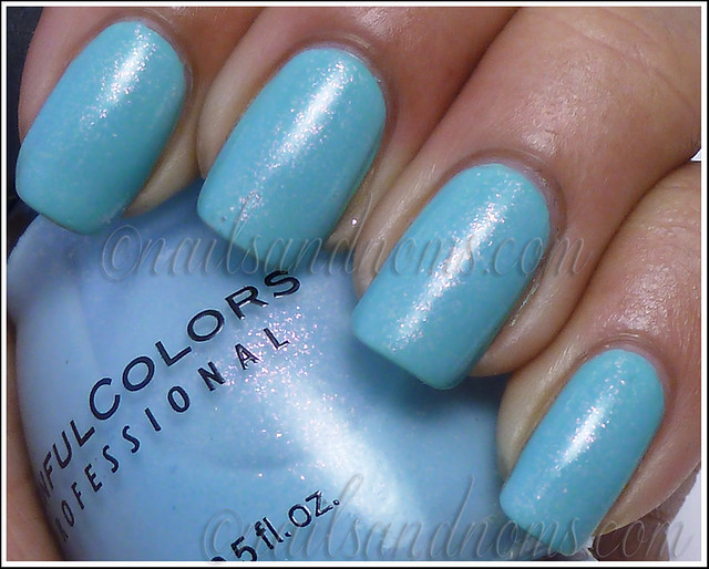 SinfulColors Cinderella + Wet n Wild I Need A Refresh-Mint