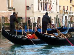 longship(0.0), caravel(0.0), viking ships(0.0), vehicle(1.0), watercraft rowing(1.0), boating(1.0), gondola(1.0), watercraft(1.0), boat(1.0), waterway(1.0),