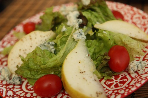 D'Anjou Pear Salad with Blue Cheese and Grape Tomato