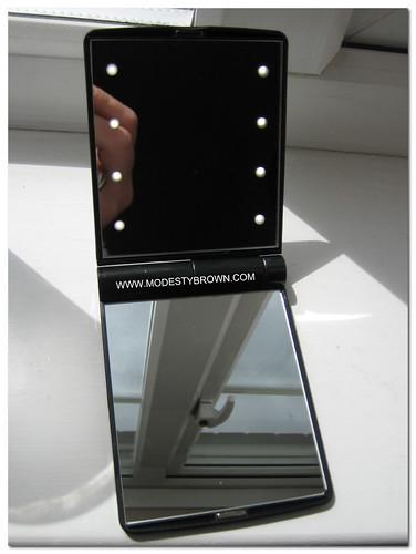 Model+Mirror3