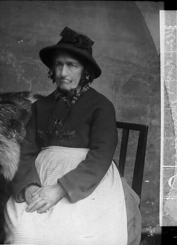 Mary Morris, Llandovery