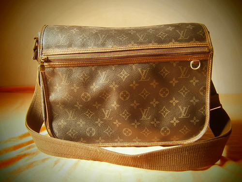 louis vuitton bosphore gm lv messenger manila philippines