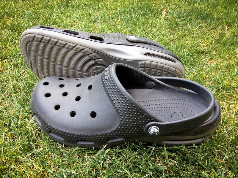 クロックスの靴
