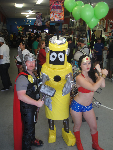 Free Comic Book Day 2012 - Thor, Plex, and Wonder Woman