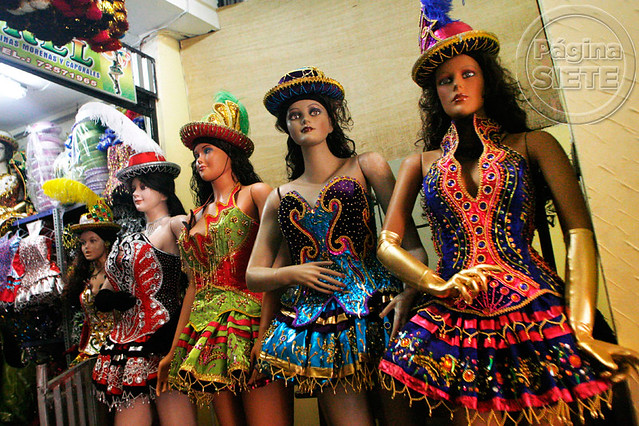 Trajes De Morenada http://www.flickr.com/photos/paginasiete/7253315844/
