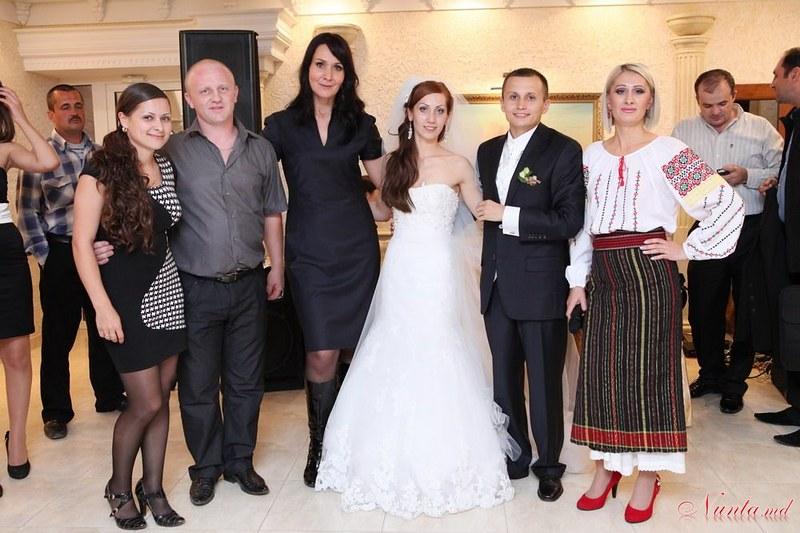 Natalia Procopii - moderatoare la nunţi, cumetrii şi alte festivităţi! > Foto din galeria `Despre companie`