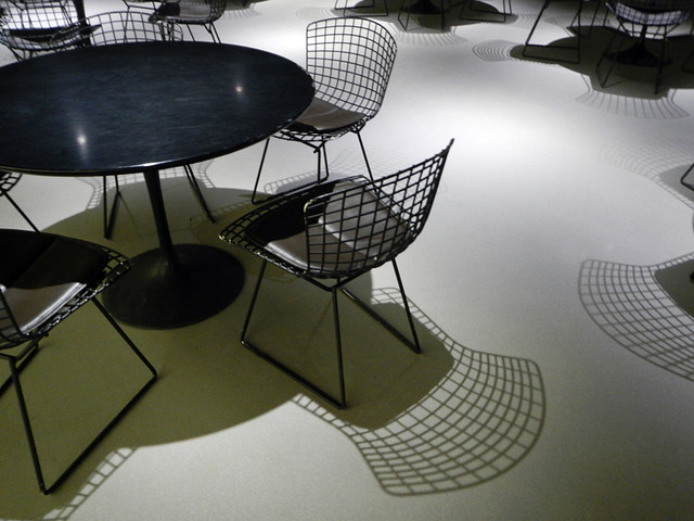 Brussels Museum: chairs with shadows